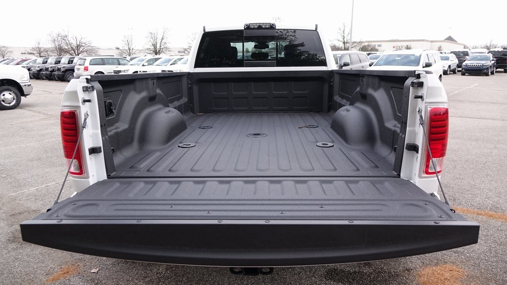 2018 Ram 3500 Crew Cab DRW 4x4, Pickup #C8482 - photo 39