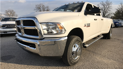 2018 Ram 3500 Crew Cab DRW 4x4, Pickup #C8531 - photo 10