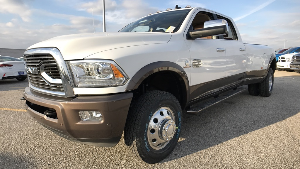 2018 Ram 3500 Crew Cab DRW 4x4, Pickup #C8548 - photo 9