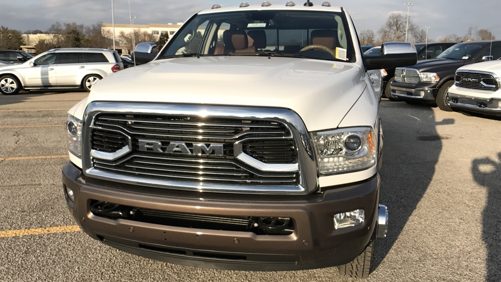 2018 Ram 3500 Crew Cab DRW 4x4, Pickup #C8548 - photo 11