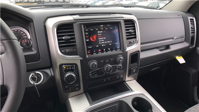 2018 Ram 1500 Crew Cab 4x4, Pickup #C8560 - photo 25