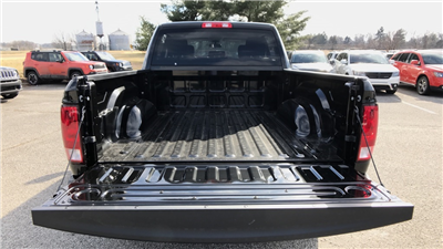 2018 Ram 1500 Crew Cab 4x4, Pickup #C8695 - photo 5