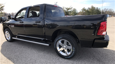 2018 Ram 1500 Crew Cab 4x4, Pickup #C8695 - photo 7