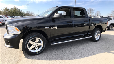 2018 Ram 1500 Crew Cab 4x4, Pickup #C8695 - photo 9