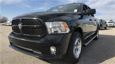 2018 Ram 1500 Crew Cab 4x4, Pickup #C8695 - photo 13