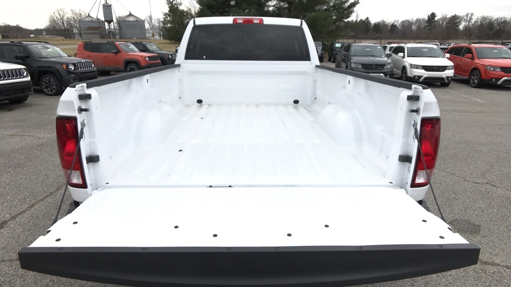 2018 Ram 3500 Crew Cab DRW 4x4, Pickup #C8698 - photo 12