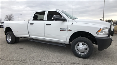 2018 Ram 3500 Crew Cab DRW 4x4, Pickup #C8698 - photo 3