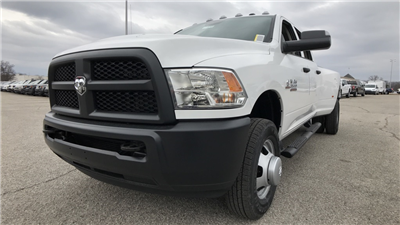 2018 Ram 3500 Crew Cab DRW 4x4, Pickup #C8698 - photo 11