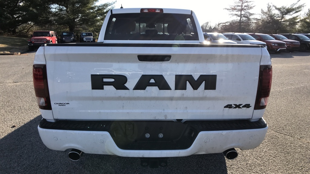 2018 Ram 1500 Crew Cab 4x4, Pickup #C8731 - photo 4