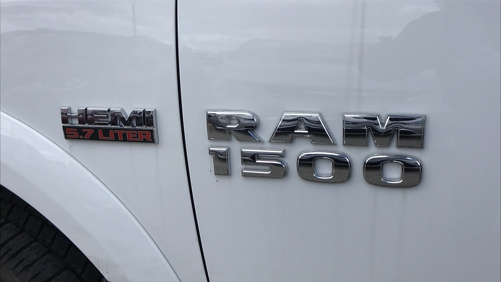 2018 Ram 1500 Crew Cab 4x4, Pickup #C8750 - photo 19