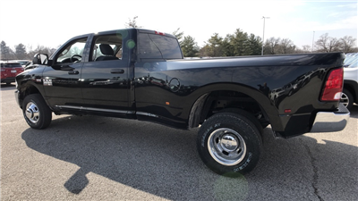 2018 Ram 3500 Crew Cab DRW 4x4, Pickup #C8764 - photo 5