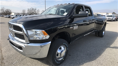 2018 Ram 3500 Crew Cab DRW 4x4, Pickup #C8764 - photo 9