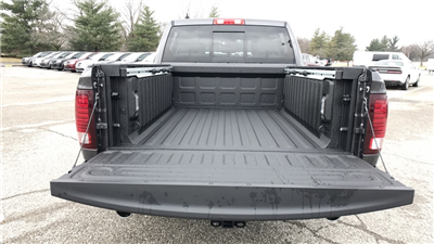 2018 Ram 1500 Crew Cab 4x4, Pickup #C8824 - photo 12