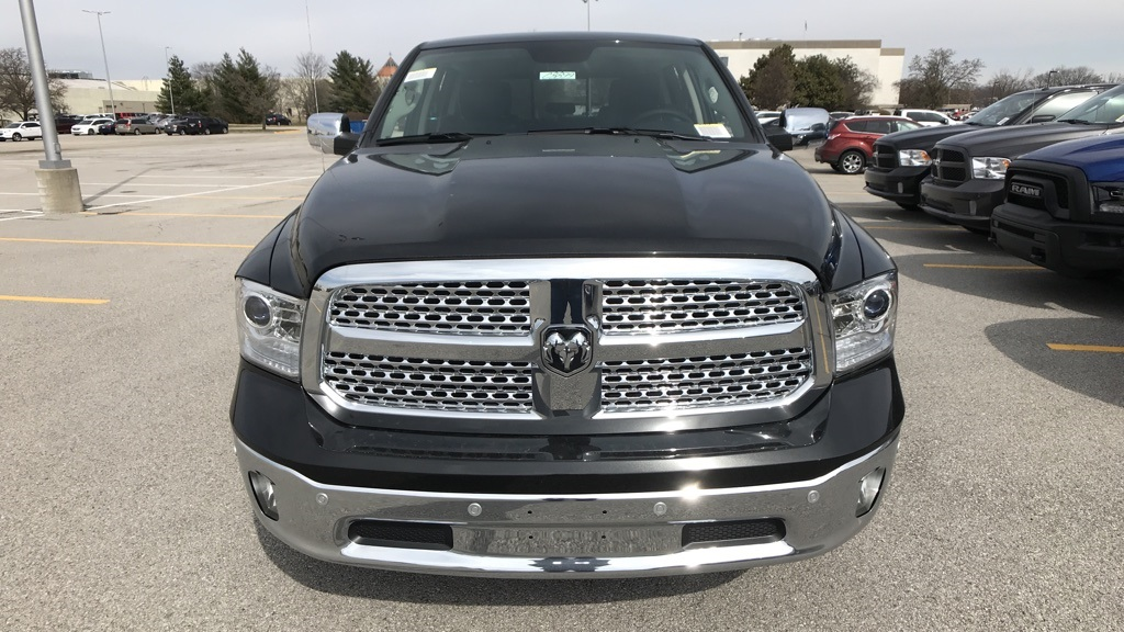 2018 Ram 1500 Crew Cab 4x4, Pickup #C8899 - photo 9