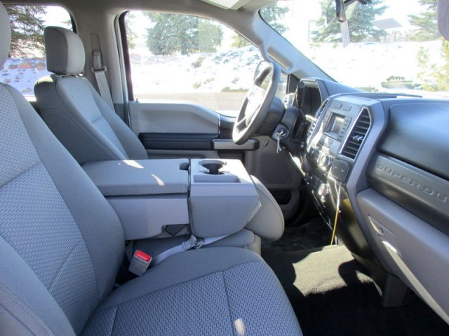 2018 F-250 Crew Cab 4x4, Pickup #00058544 - photo 3
