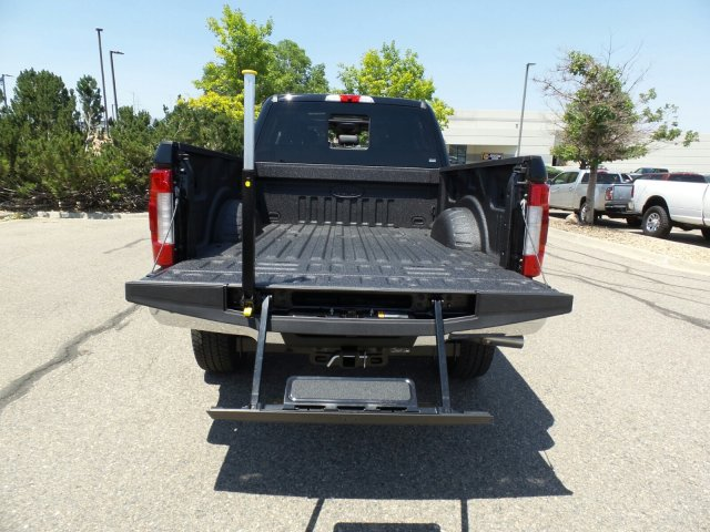 2018 F-350 Crew Cab 4x4,  Pickup #00059366 - photo 9