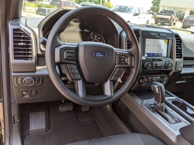 2020 Ford F-150 SuperCrew Cab 4x4, Pickup #00062062 - photo 11