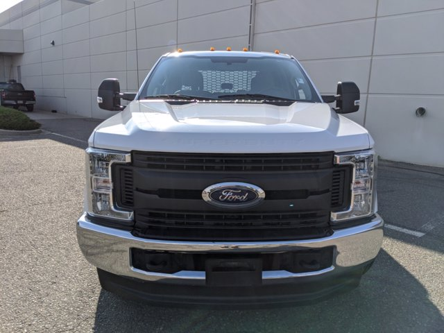 2019 Ford F-350 Crew Cab DRW 4x4, Platform Body #000P8285 - photo 3