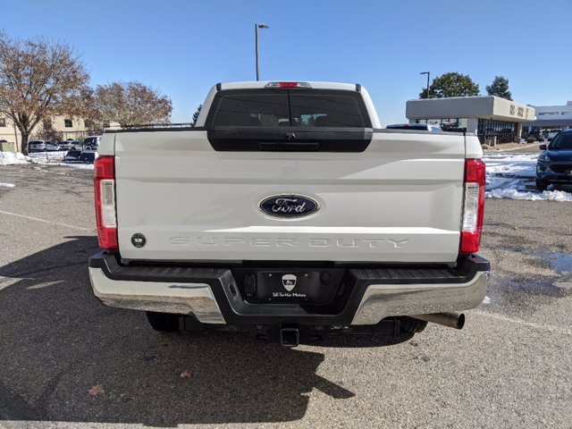 2018 Ford F-250 Crew Cab 4x2, Pickup #0062391A - photo 5