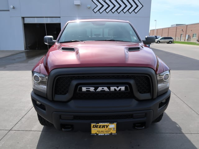 2018 Ram 1500 Crew Cab 4x4, Pickup #DT2345 - photo 9