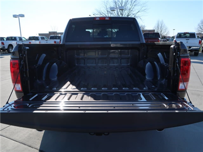 2018 Ram 1500 Crew Cab 4x4, Pickup #DT2357 - photo 6