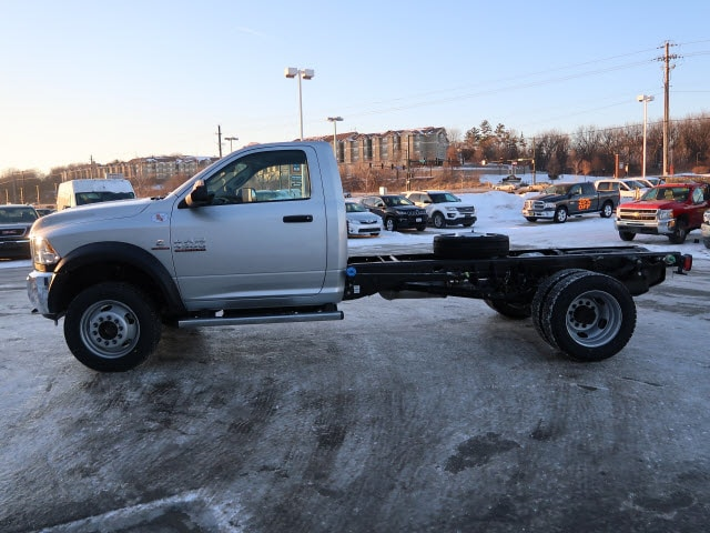 2018 Ram 4500 Regular Cab DRW 4x4, Cab Chassis #DT2464 - photo 3
