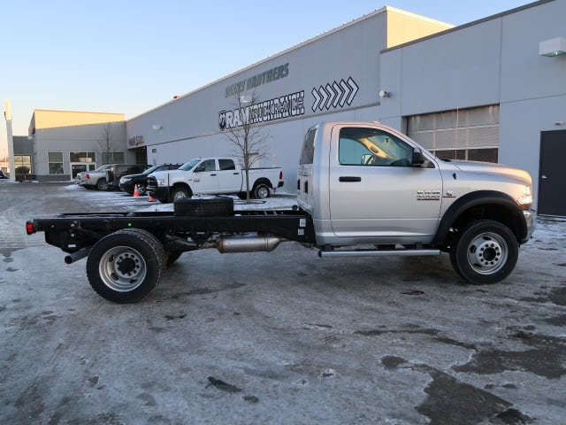 2018 Ram 4500 Regular Cab DRW 4x4, Cab Chassis #DT2464 - photo 6