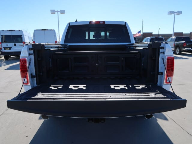 2018 Ram 1500 Crew Cab 4x4, Pickup #DT2499 - photo 5