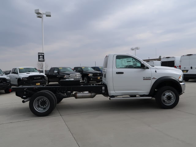 2018 Ram 5500 Regular Cab DRW 4x4, Cab Chassis #DT2515 - photo 6