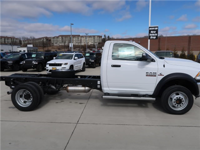 2018 Ram 5500 Regular Cab DRW 4x4, Cab Chassis #DT2515 - photo 7
