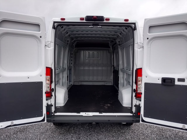 2018 ProMaster 2500 High Roof FWD,  Empty Cargo Van #148936 - photo 2