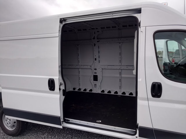 2018 ProMaster 2500 High Roof FWD,  Empty Cargo Van #148936 - photo 16