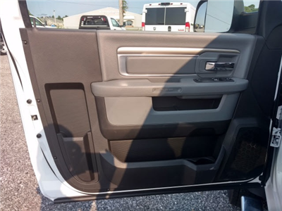 2018 Ram 4500 Regular Cab DRW 4x4,  Cab Chassis #293287 - photo 5
