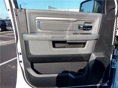2018 Ram 1500 Crew Cab 4x4,  Pickup #352653 - photo 7
