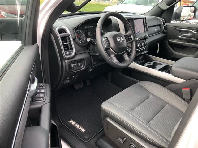 2019 Ram 1500 Crew Cab 4x4, Pickup #524050 - photo 5