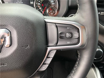 2019 Ram 1500 Crew Cab 4x4, Pickup #524050 - photo 15