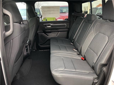2019 Ram 1500 Crew Cab 4x4, Pickup #524050 - photo 18