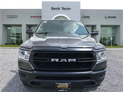2019 Ram 1500 Crew Cab 4x4,  Pickup #529322 - photo 3