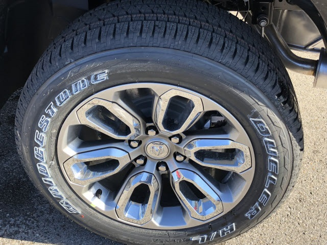 2019 Ram 1500 Crew Cab 4x4,  Pickup #675065 - photo 4