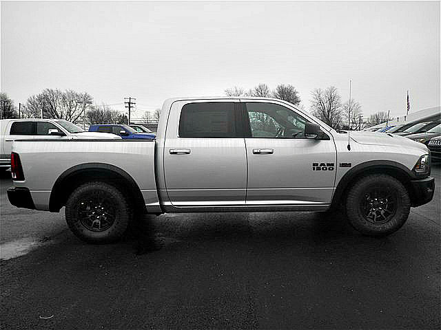 2018 Ram 1500 Crew Cab 4x4, Pickup #C18132 - photo 25