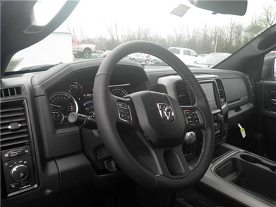 2018 Ram 1500 Crew Cab 4x4, Pickup #C18132 - photo 10