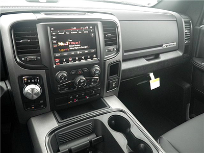 2018 Ram 1500 Crew Cab 4x4, Pickup #C18132 - photo 16