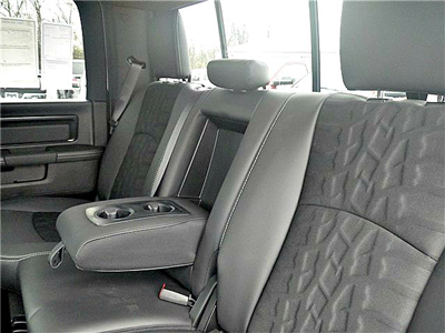 2018 Ram 1500 Crew Cab 4x4, Pickup #C18132 - photo 31