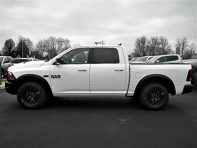 2018 Ram 1500 Crew Cab 4x4, Pickup #C18137 - photo 3