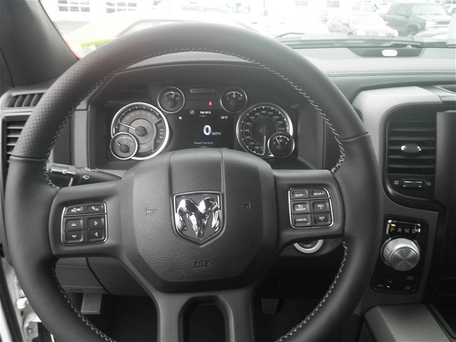 2018 Ram 1500 Crew Cab 4x4, Pickup #C18137 - photo 21