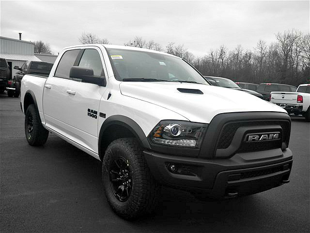 2018 Ram 1500 Crew Cab 4x4, Pickup #C18137 - photo 43