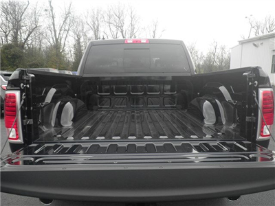 2018 Ram 1500 Crew Cab 4x4, Pickup #C18144 - photo 8