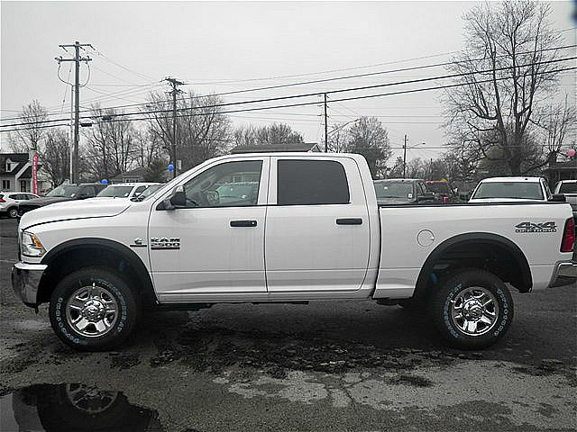 2018 Ram 2500 Crew Cab 4x4, Pickup #C18182 - photo 3