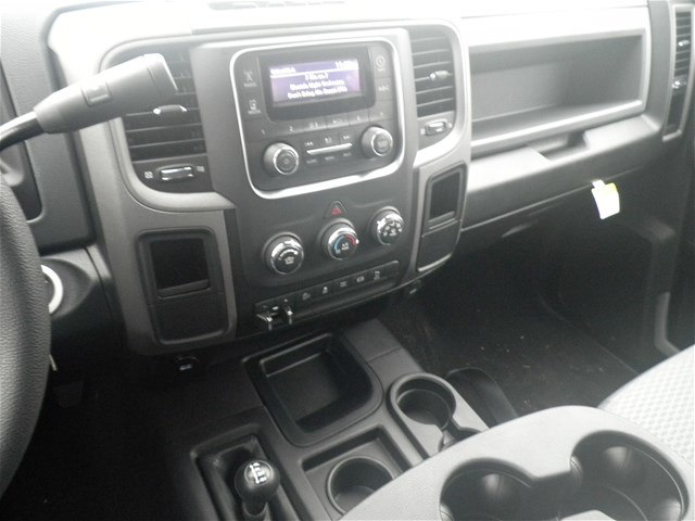 2018 Ram 2500 Crew Cab 4x4, Pickup #C18182 - photo 29