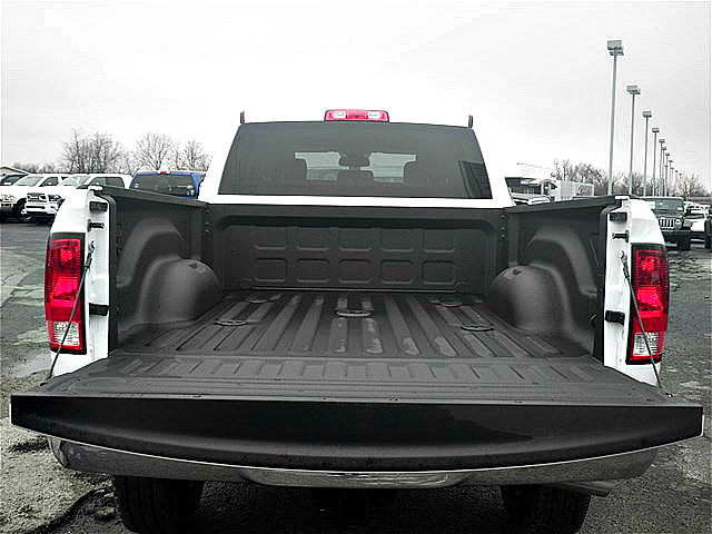 2018 Ram 2500 Crew Cab 4x4, Pickup #C18182 - photo 7